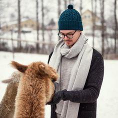 alpaca wool knitwear anf scarfs for men Alpaca Wool, Scarfs, Knitwear, Winter Hats, Men, Fashion, Moda, Scarves, Tricot