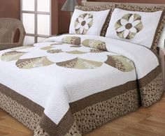 Find More Bedding Sets Information about Cotton Classical embroidery Rome pattern quilting bed cover air conditioning bedspread bedding set,Big flower Patchwork quilt,High Quality patchwork quilt pictures,China quilting rooms Suppliers, Cheap patchwork queen quilt from Fashion home textile on Aliexpress.com