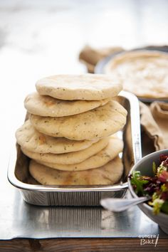 I promise you: as soon as youve tried these spiced pita breads, purchasing . Ras El Hanout, Good Food, Yummy Food, Healthy Food, Bread Cake, Wrap Recipes, Vegan Snacks, Savoury Dishes, Diy Food