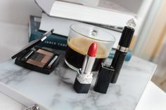 DIOR RED LIPSTICK - some things just make U feel  more positive. Makeup News, Red Lipsticks, Dior, How To Make, Beauty, Dior Couture, Beauty Illustration