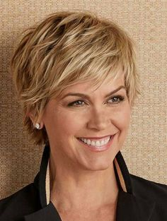 Short Bob Hairstyles For Women With Different Type Of Hair & Face - Stylendesigns Short Layered Hair Thin Hair Cuts, Short Hair With Layers, Short Hair Cuts For Women With Bangs, Short Edgy Hair Cuts, Short Cuts, Short Hair For Round Face Double Chin, Short Fine Hair, Long Hair, Hair Layers