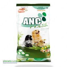 Pollo y Arroz. Alimento completo monoproteico para perros adultos.     Mejora el cuidado dental y el sistema inmunitario, protege la piel, pelo y mucosas y favorece el tracto digestivo previniendo alergias alimentarias.     Sin colorantes ni aromatizantes artificiales.    http://www.planetarural.es/index.php/ANC_FRESH_COMPLET_POLLO_Y_ARROZ_3_KG_MONOPROTEICO