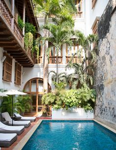 Colombia Travel Inspiration - Hotel Edition: CASA SAN AGUSTIN, CARTEGENA | The Simple Sol