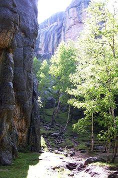 Sunday Gulch Trail behind Sylvan Lake in the Black Hills of South Dakota