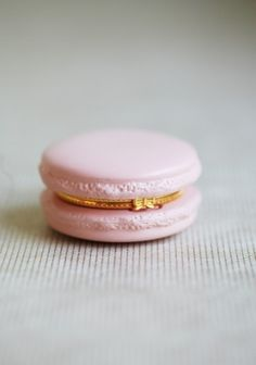 these little macaron ceramic trinkets sold out in a few hours today. sure ruche will restock soon.