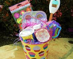 Baker-to-Be Easter Basket - The Baker-to-Be Easter Basket is perfect for the up and coming chef in your life! Easter basket ideas Baker-to-Be Easter Basket Easter Crafts For Kids, Easter Stuff, Bunny Crafts, Holiday Crafts, Holiday Ideas, Holiday Fun, Christmas Gifts, Paper Cupcake