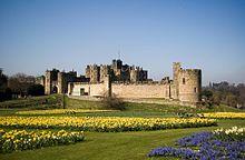 Alnwick Castle – Wikipedia