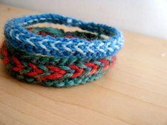 fun- knitted bracelets, free pattern.
