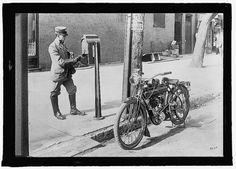 c.1920s nous Mail USPS Mailman et son moto-antiquité-ancien-Vintage Reproduction photo/Photo/affiche : Gicclee Print. Encadrer !