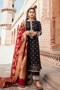 On Sale Pakistani Suits - Largest Maximum Discount Pakistani Formal Dresses, Pakistani Fashion Casual, Pakistani Dress Design, Pakistani Outfits, Indian Outfits, Indian Fashion, Pakistani Bridal, Punk Fashion, Pakistani Clothing