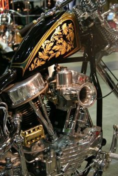 GOLD LEAF  on motorcycles   tumblr_lhm3n5zRlJ1qd9xdqo1_500.jpg