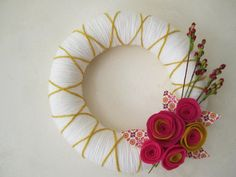 """White Yarn Wreath with Pink and Gold Felt Flowers 10"""""""