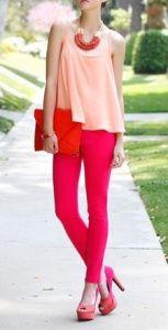 Las colecciones de la temporada alto verano proponen pantalones en una infinita paleta de color; vivos y alegres. En este post, mirá cómo llevarlos.