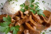 Pudinkový koláč den a noc s jablky | NejRecept.cz Beef, Chicken, Meat, Ox, Ground Beef, Cubs, Steak, Kai