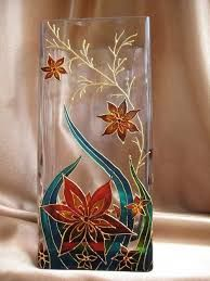 6 Fair Cool Tips: Vases Centerpieces Events vases centerpieces.Wall Vases Window big vases entry ways. Painted Glass Vases, Painted Wine Glasses, Stained Glass Paint, Stained Glass Patterns, Glass Bottle Crafts, Bottle Art, Glass Painting Designs, Vase Design, Bottle Painting