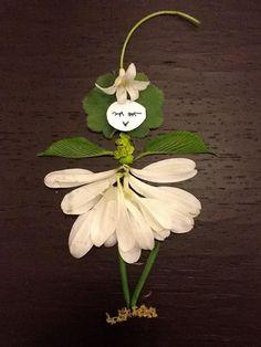 . Leaf Crafts, Fall Crafts, Dry Leaf Art, Twig Art, Leaf Projects, Fleurs Diy, Deco Nature, Pressed Flower Art, Diy Wedding Flowers