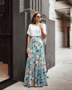5 Trendy Fall Outfits with Street Styles - Trending Fashion Style Long Skirt Outfits, Modest Outfits, Modest Fashion, Fashion Outfits, Long Skirt Style, Long Skirt Looks, Fasion, Trendy Fall Outfits, Spring Outfits