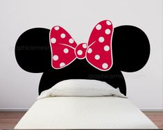 Make your girls bedroom special with this Minnie Mouse headboard wall decals. A low cost solution and it wont take up any space. It will go perfect Minnie Mouse Room Decor, Minnie Mouse Bedding, Minnie Mouse Wall Decals, Mickey Y Minnie, Mickey Mouse Ears, Kids Wall Decals, Vinyl Wall Art, Twin Size Bed Frame, Classic Cartoon Characters