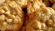 White chocolate macadamia cookies