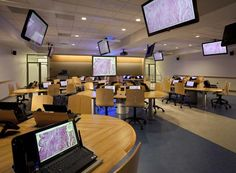 electronic collaboration centers versus traditional library seating