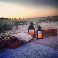 Beach picnic at sunset ~ with lanterns, candles, vintage crochet throw & pillows. Very cozy ❤