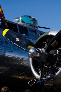 B-17 Bomber by MyJOL, via Flickr