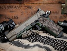 RAE Magazine Speedloaders will save you! Weapons Guns, Guns And Ammo, Rifles, Kimber 1911, 1911 Pistol, 1911 Grips, Pocket Pistol, Tac Gear, Shooting Gear