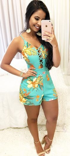 Trendy Outfits For Teens, Classy Outfits, Pretty Outfits, Cute Outfits, Curvy Girl Fashion, Look Fashion, Fashion Outfits, Holiday Outfits, Summer Outfits