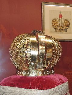 Catherine I of Russia's crown framework