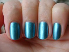 Smart and Sarcastic With Dashes of Insanity: REVIEW of Essie Beach Bum Blu With SWATCHES