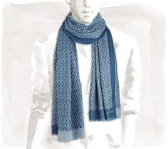 "Link Hermes reversible cashmere and silk scarf in ocean blue and grey blue, 25"" x 71"" <br />A soft and light summer version of the legendary reversible weave.<br /><br />"