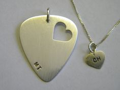 Heart Jewelry, Dog Tag Necklace, Frosting, Body Art, Hearts, Bling, Pendants, Necklaces, Jewels