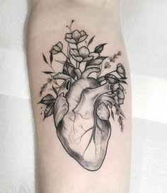 Dream Tattoos, Love Tattoos, Beautiful Tattoos, Body Art Tattoos, Real Heart Tattoos, Tattoo Femeninos, Herz Tattoo, Piercing Tattoo, Piercings