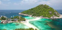 Koh tao thailand is super cute and one of the best romantic getaways!  http://bigstylist.com