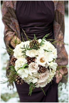Having a winter wedding? Try adding in pinecones to your bouquet for a fresh seasonal touch!