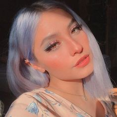 10 Ultimate Summer Makeup Trends That Are Hotter Than The Summer Days Aesthetic Hair, Aesthetic Makeup, Arctic Fox Haarfarbe, Pretty Makeup, Makeup Looks, Soft Makeup, Hair Inspo, Hair Inspiration, Arctic Fox Hair Color