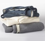 Need a gift? Say no more. Organic cotton blankets are just what you are looking for