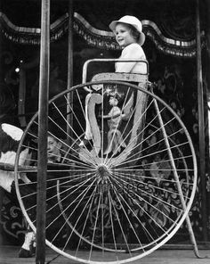 Vergnügungsparks ullstein bild - Hedda Walther/Timeline Images, 1937