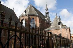 De Keizerstraat, in de volksmond Floddergats geheten, is een oude straat in het Kloosterkwartier, een wijk in de binnenstad van de Nederlandse plaats Venlo.