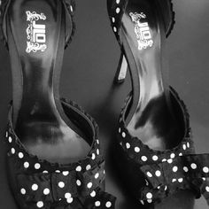 JLO black polka dot heel, cute with jeans or dress Cute with jeans or dressing up, Shoes