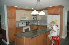 renovation ideas for small kitchen   The kitchen is the focal point of the house and the gathering place ...(SET UP)