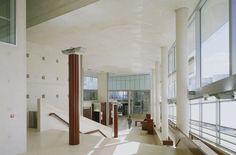 Ciriani, Henri: Courthouse, Cergy-Pontoise, France