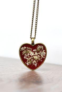Queen Anne's Flower Necklace Pressed Flower Jewelry by LOVEnLAVISH, $26.00