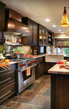 Like the cabinets and countertops!