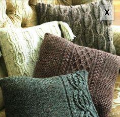 Sirdar Bonus Aran Tweed KNITTING PATTERN 9804 Cushion Covers