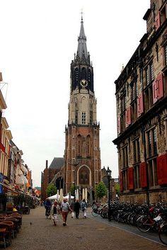 Delft - Nieuwe Kerk, in 379 treden naar de top.