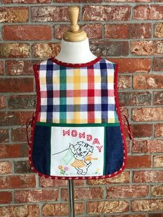 Reversible toddler apron Toddler Apron, Projects, How To Wear, Design, Fashion, Log Projects, Moda, La Mode, Fasion