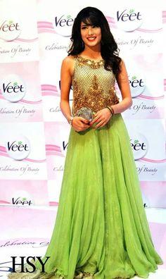 HSY modeled by Pakistani actress Mehwish hayat