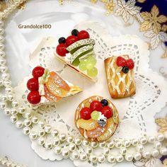 Japanese Pastries, Decoden, Avocado Toast, Anime Art, Breakfast, Food, Mini Stuff, Miniatures, Porcelain Ceramics