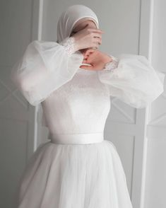 Summer Fashion Tips For Women - Hijab evening dress - Summer Fashion Tips For Women - Hijab Prom Dress, Muslimah Wedding Dress, Hijab Evening Dress, Muslim Wedding Dresses, Wedding Dress Sleeves, Bridal Dresses, Evening Dresses, Wedding Hijab Styles, Hijab Bride